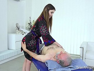 Old-n-Young.com - Elle In the best of health - Exciting full assembly rub-down