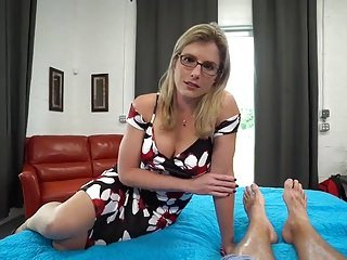 Golden milf gets creampie