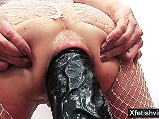 Hot porn actress in stockings ass fucked alongside anal bauble for prolapse